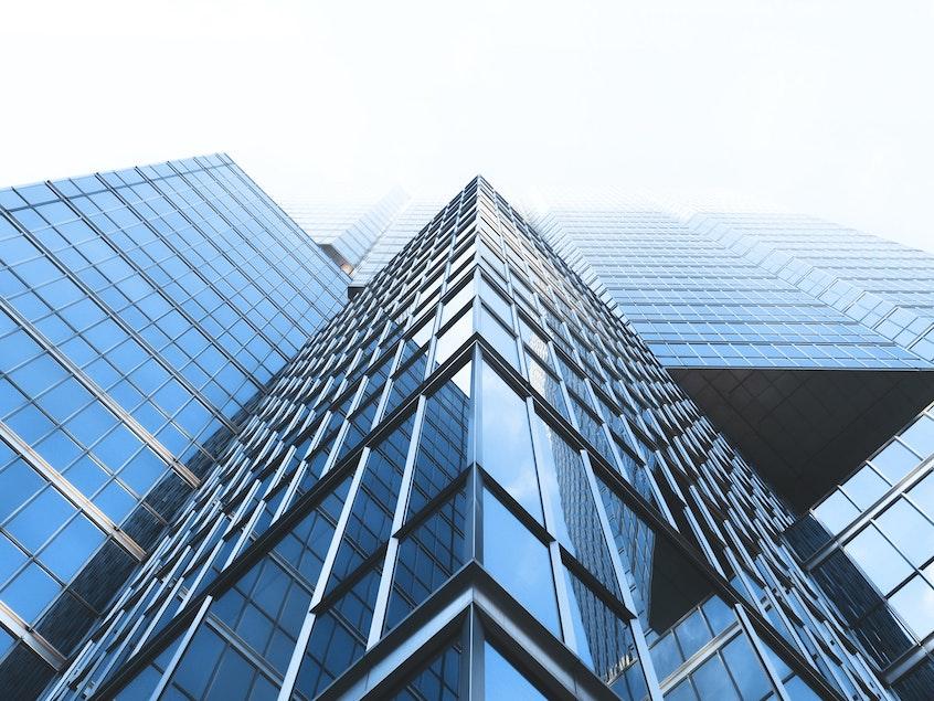 buildings-REITs-vs.-real-estate