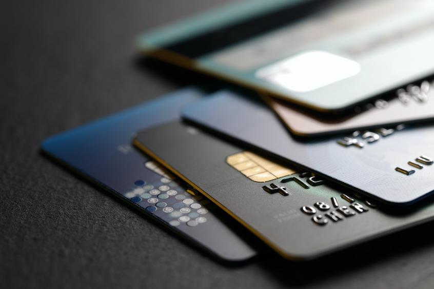 close-up-of-credit-cards-revolving-facilities