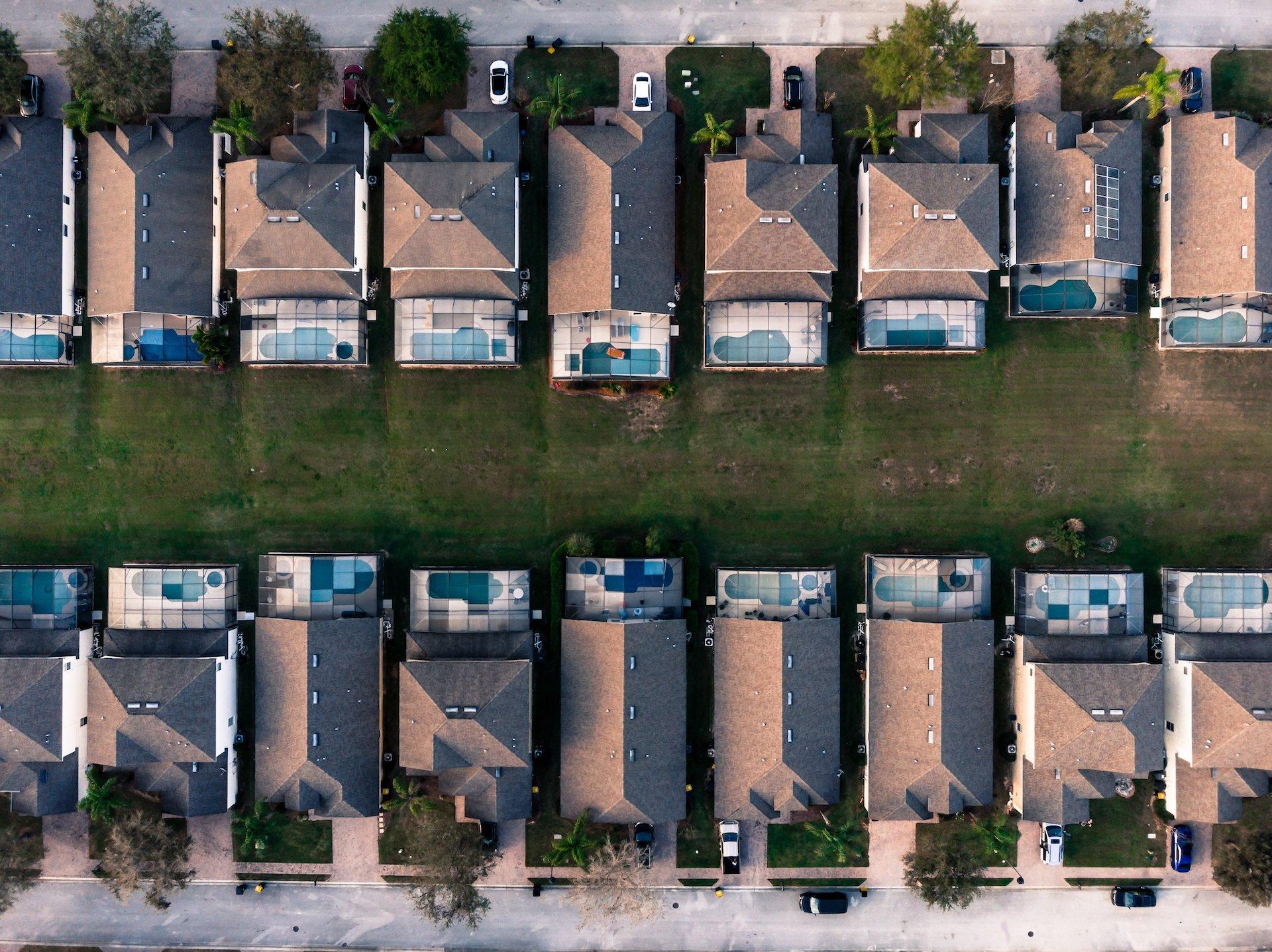 suburban-neighborhoor-single-family-rental