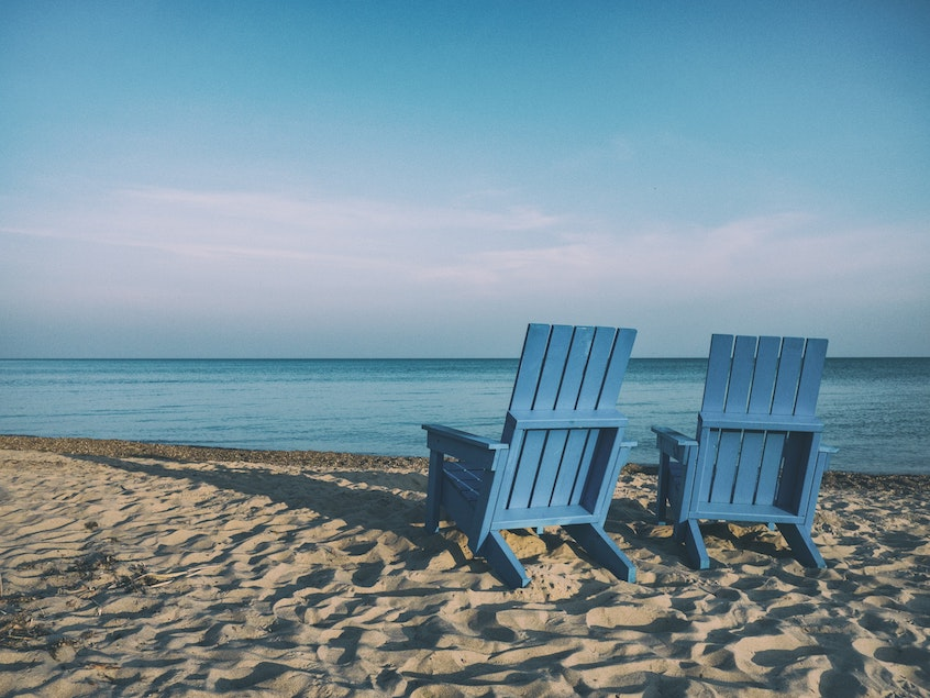 blue-chairs-by-the-beach-ultimate-guide-to-IRAs
